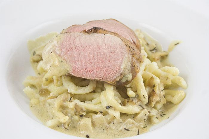 Schweinefilet-weißwein-senf-sauce