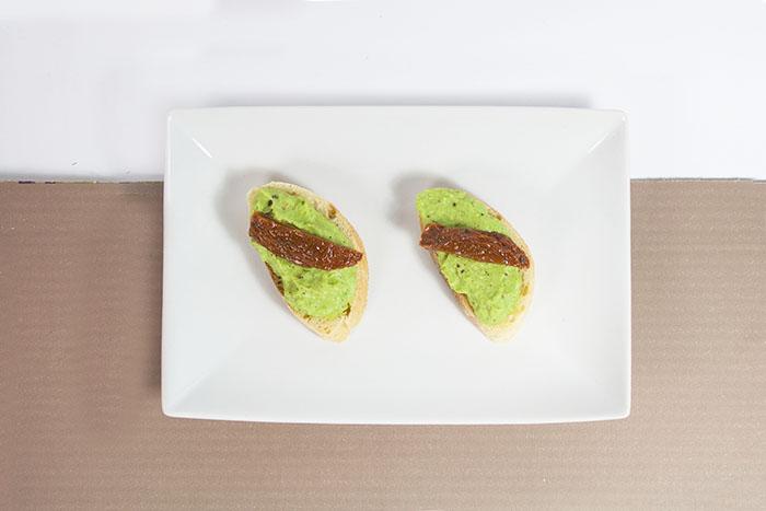 crostini-avocado-weniger-schatten