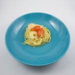 Spaghetti in Weißweinsauce mit Garnelen und Cocktailtomaten